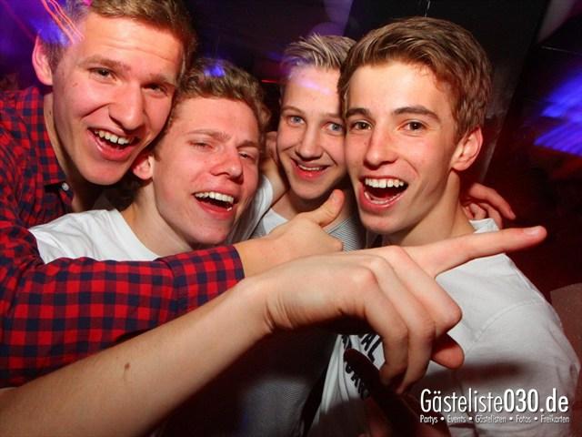 https://www.gaesteliste030.de/Partyfoto #41 Maxxim Berlin vom 02.04.2012