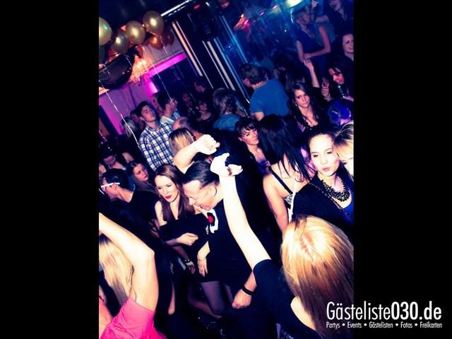 https://www.gaesteliste030.de/Partyfoto #40 Maxxim Berlin vom 09.12.2011