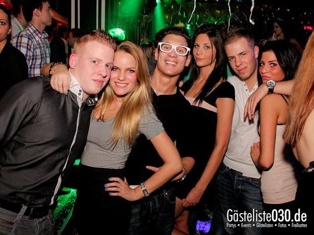 https://www.gaesteliste030.de/Partyfoto #84 Maxxim Berlin vom 09.12.2011