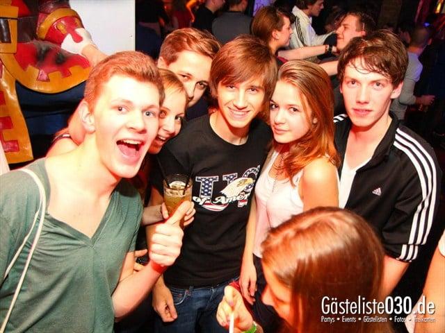 https://www.gaesteliste030.de/Partyfoto #158 Q-Dorf Berlin vom 28.12.2011