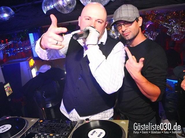 https://www.gaesteliste030.de/Partyfoto #111 Q-Dorf Berlin vom 30.12.2011