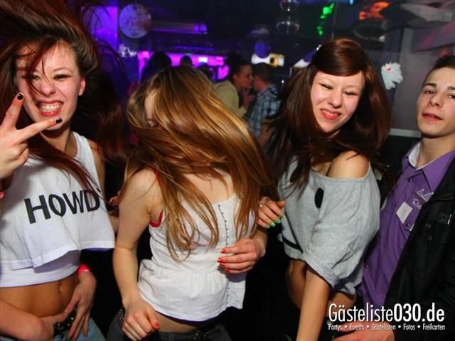 https://www.gaesteliste030.de/Partyfoto #158 Q-Dorf Berlin vom 09.12.2011