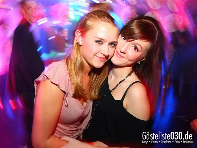 https://www.gaesteliste030.de/Partyfoto #12 Q-Dorf Berlin vom 06.01.2012