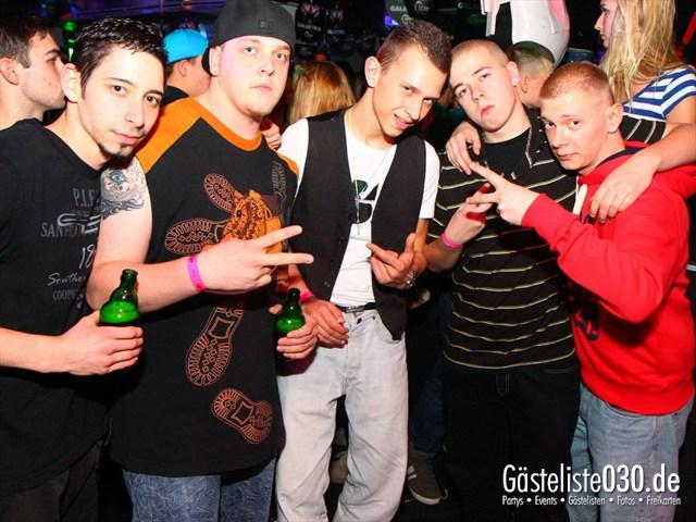 https://www.gaesteliste030.de/Partyfoto #112 Q-Dorf Berlin vom 17.12.2011