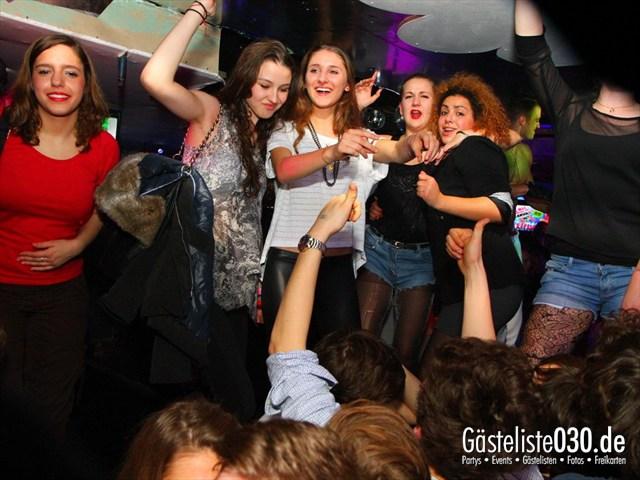 https://www.gaesteliste030.de/Partyfoto #190 Q-Dorf Berlin vom 21.12.2011