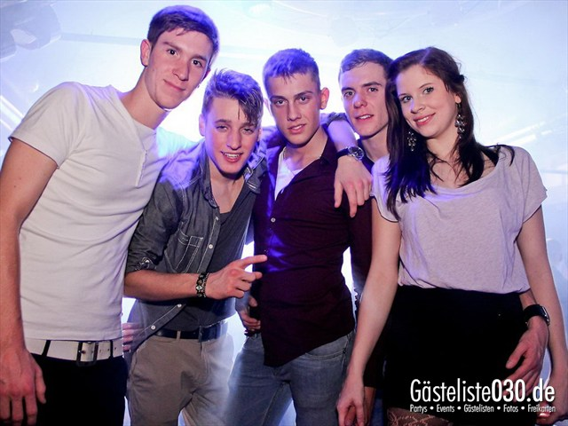 https://www.gaesteliste030.de/Partyfoto #83 Maxxim Berlin vom 16.12.2011