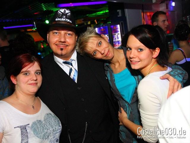 https://www.gaesteliste030.de/Partyfoto #239 Q-Dorf Berlin vom 10.12.2011
