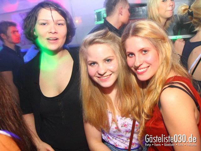 https://www.gaesteliste030.de/Partyfoto #32 Q-Dorf Berlin vom 28.12.2011