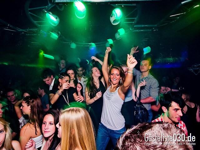 https://www.gaesteliste030.de/Partyfoto #18 Maxxim Berlin vom 02.01.2012