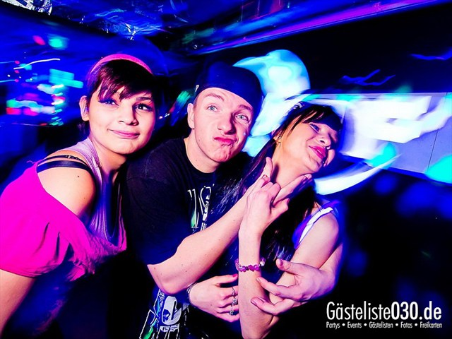 https://www.gaesteliste030.de/Partyfoto #11 Q-Dorf Berlin vom 13.12.2011