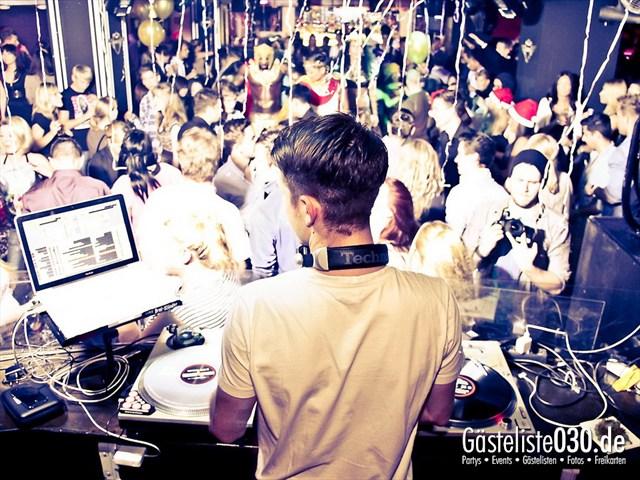 https://www.gaesteliste030.de/Partyfoto #39 Maxxim Berlin vom 23.12.2011