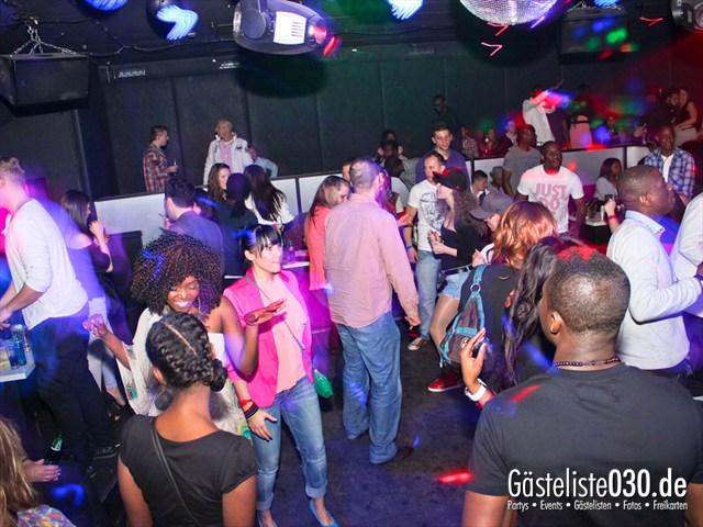 https://www.gaesteliste030.de/Partyfoto #38 Club R8 Berlin vom 07.04.2012