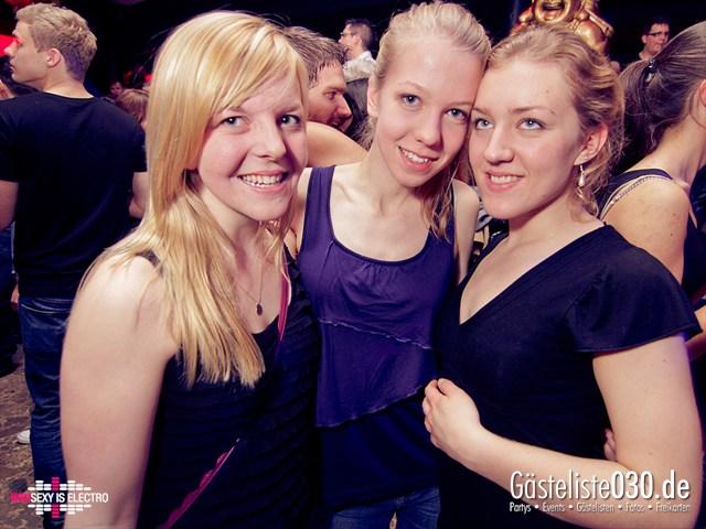 https://www.gaesteliste030.de/Partyfoto #86 China Lounge Berlin vom 16.12.2011