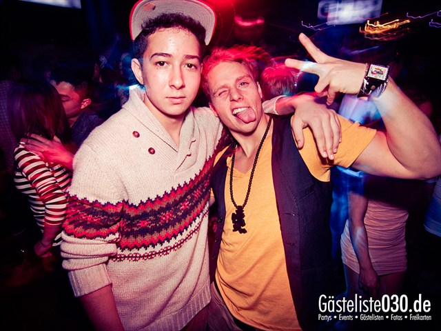 https://www.gaesteliste030.de/Partyfoto #11 Club R8 Berlin vom 10.12.2011