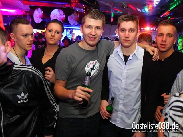 https://www.gaesteliste030.de/Partyfoto #137 Q-Dorf Berlin vom 09.12.2011