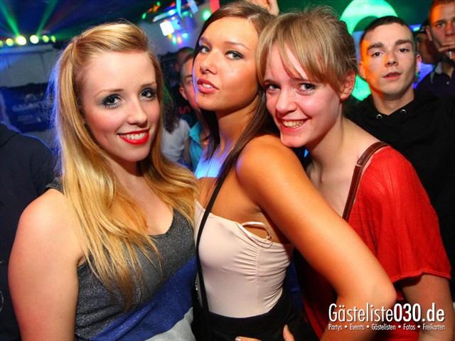 https://www.gaesteliste030.de/Partyfoto #106 Q-Dorf Berlin vom 25.12.2011