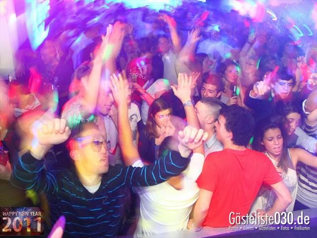 https://www.gaesteliste030.de/Partyfoto #133 Q-Dorf Berlin vom 31.12.2011
