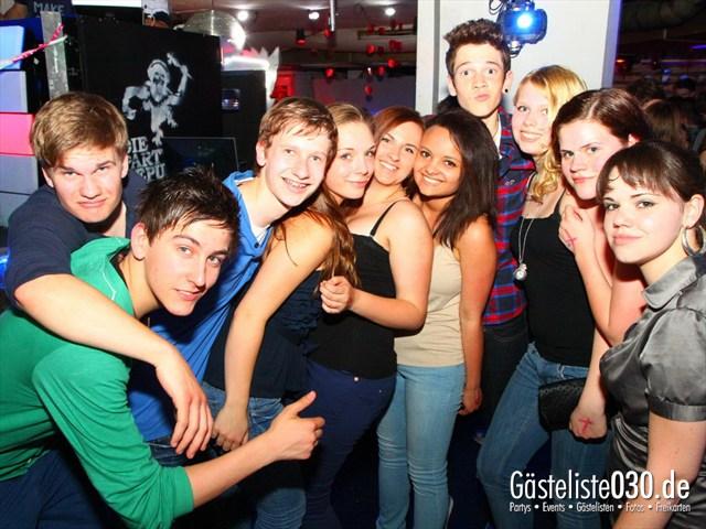 https://www.gaesteliste030.de/Partyfoto #33 Q-Dorf Berlin vom 10.05.2012
