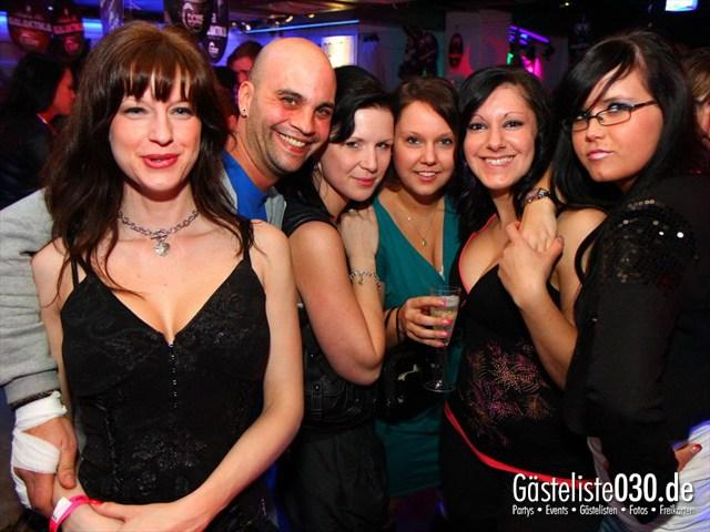 https://www.gaesteliste030.de/Partyfoto #22 Q-Dorf Berlin vom 17.12.2011