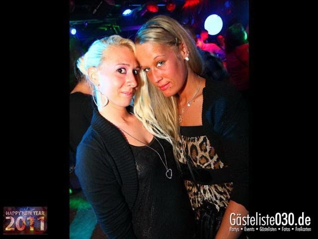 https://www.gaesteliste030.de/Partyfoto #122 Q-Dorf Berlin vom 31.12.2011