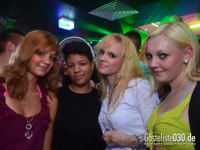 https://www.gaesteliste030.de/Partyfoto #180 Q-Dorf Berlin vom 11.05.2012