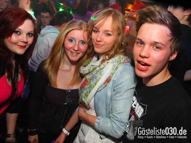https://www.gaesteliste030.de/Partyfoto #322 Q-Dorf Berlin vom 09.03.2012