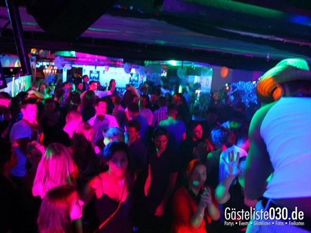 https://www.gaesteliste030.de/Partyfoto #131 Q-Dorf Berlin vom 16.12.2011