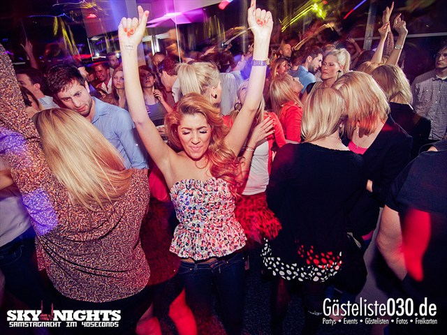 Partypics 40seconds 24.03.2012 SkyNights - Samstag-Nacht