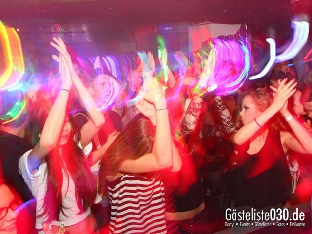 https://www.gaesteliste030.de/Partyfoto #215 Q-Dorf Berlin vom 04.04.2012