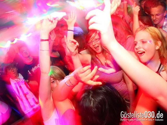 https://www.gaesteliste030.de/Partyfoto #188 Q-Dorf Berlin vom 27.04.2012
