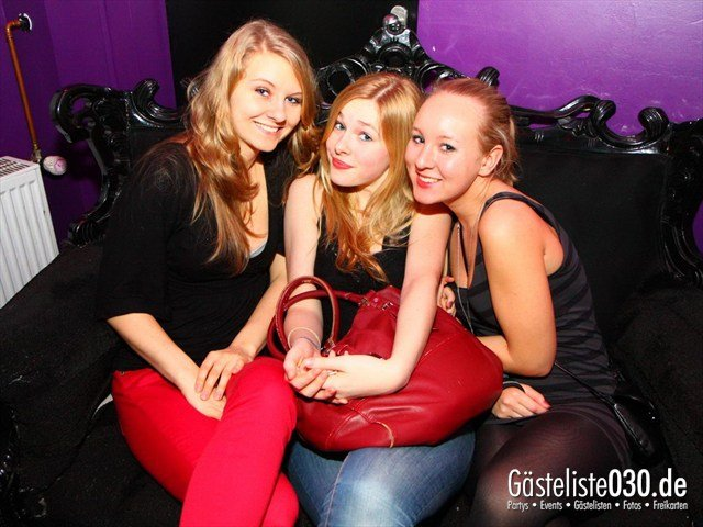 https://www.gaesteliste030.de/Partyfoto #97 Maxxim Berlin vom 26.12.2011