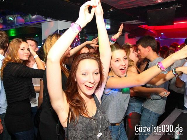 https://www.gaesteliste030.de/Partyfoto #188 Q-Dorf Berlin vom 21.12.2011