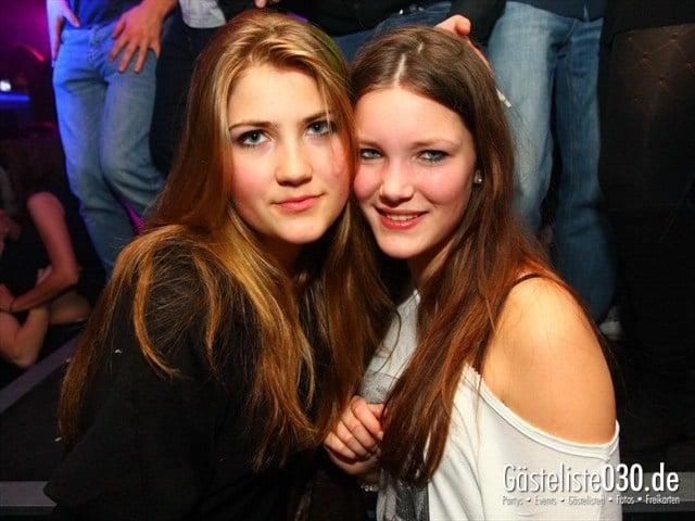 https://www.gaesteliste030.de/Partyfoto #2 Q-Dorf Berlin vom 14.12.2011