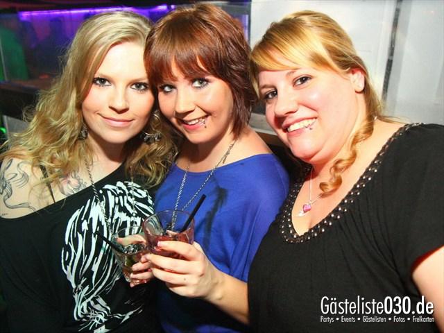 https://www.gaesteliste030.de/Partyfoto #148 Q-Dorf Berlin vom 28.12.2011