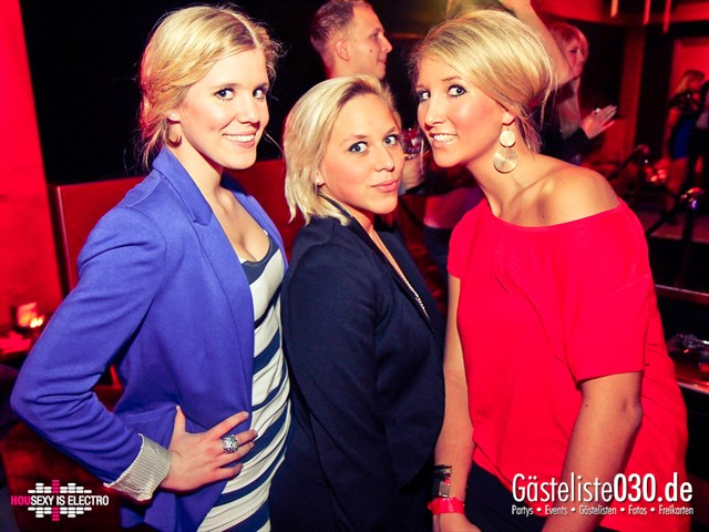 https://www.gaesteliste030.de/Partyfoto #173 China Lounge Berlin vom 16.12.2011