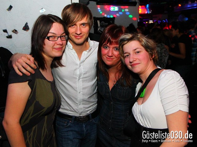 https://www.gaesteliste030.de/Partyfoto #31 Q-Dorf Berlin vom 09.12.2011