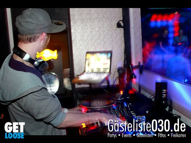 Partypics Club R8 27.04.2012 Get Loose - The finest in RnB – Hip Hop & The Best 90`s Blackmusic