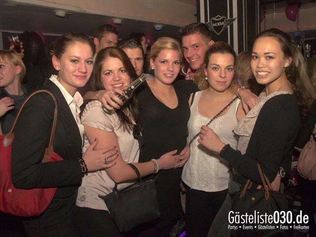 https://www.gaesteliste030.de/Partyfoto #23 Maxxim Berlin vom 10.12.2011