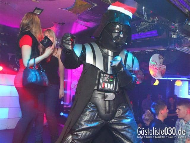 https://www.gaesteliste030.de/Partyfoto #187 Q-Dorf Berlin vom 16.12.2011