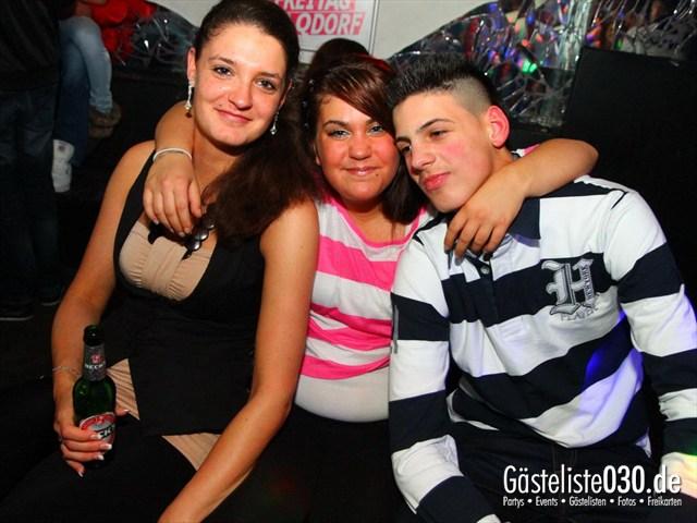https://www.gaesteliste030.de/Partyfoto #133 Q-Dorf Berlin vom 23.12.2011