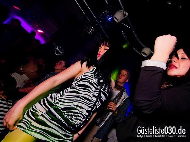 https://www.gaesteliste030.de/Partyfoto #115 Maxxim Berlin vom 19.12.2011