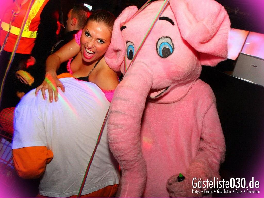 Partyfoto #50 Q-Dorf 30.03.2012 Pink!