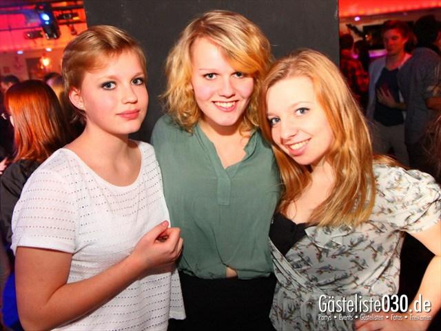 https://www.gaesteliste030.de/Partyfoto #84 Maxxim Berlin vom 29.12.2011