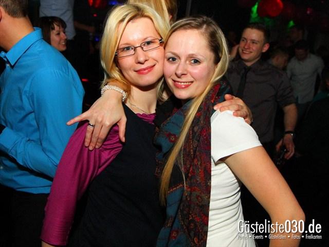 https://www.gaesteliste030.de/Partyfoto #41 Maxxim Berlin vom 15.12.2011
