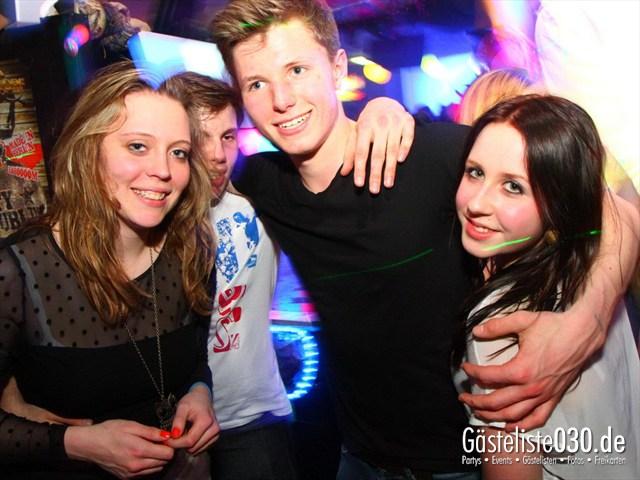 https://www.gaesteliste030.de/Partyfoto #21 Q-Dorf Berlin vom 04.04.2012