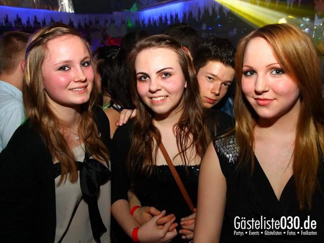https://www.gaesteliste030.de/Partyfoto #198 Q-Dorf Berlin vom 04.02.2012