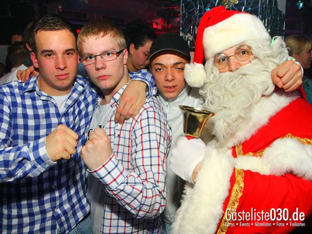 https://www.gaesteliste030.de/Partyfoto #110 Q-Dorf Berlin vom 25.12.2011