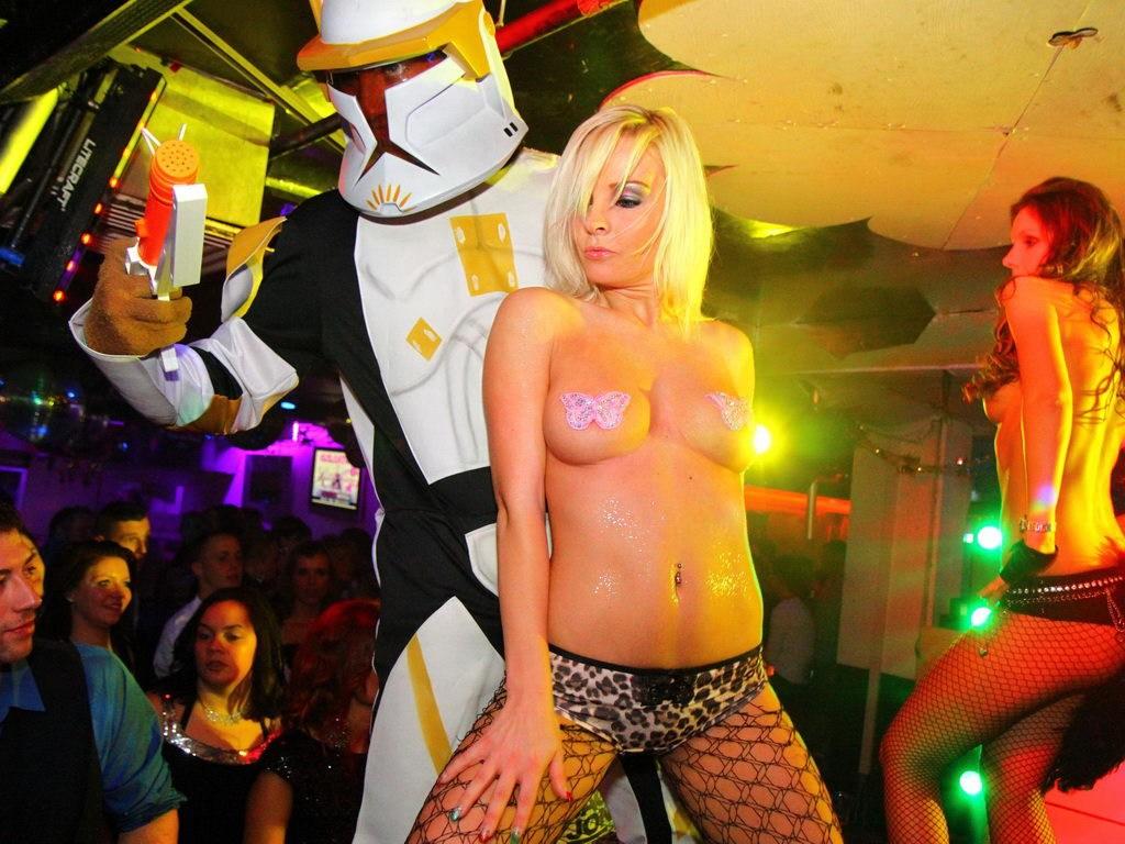 Partyfoto #51 Q-Dorf 07.01.2012 Galaktika