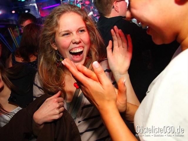 https://www.gaesteliste030.de/Partyfoto #99 Q-Dorf Berlin vom 21.12.2011