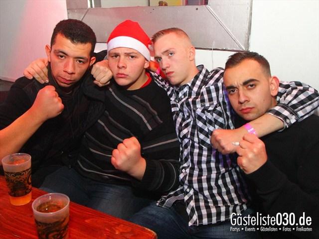 https://www.gaesteliste030.de/Partyfoto #79 Q-Dorf Berlin vom 24.12.2011